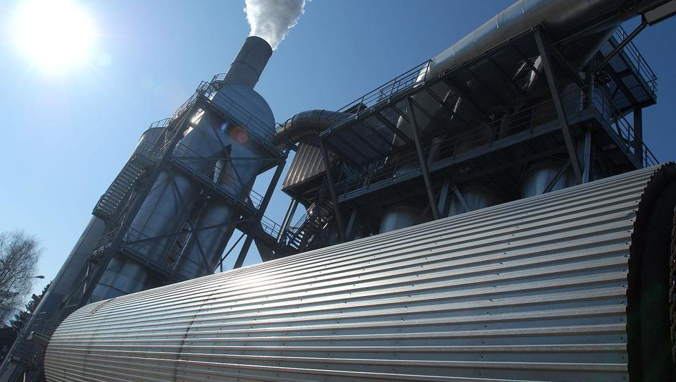 Turški lastniki modernizirajo tovarno ivernih plošč v Otiškem Vrhu