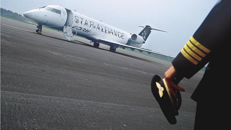 V Adrii odpovedi predvidoma v ponedeljek: Lot že intervjuva pilote, Wizzair snubi kabinsko osebje