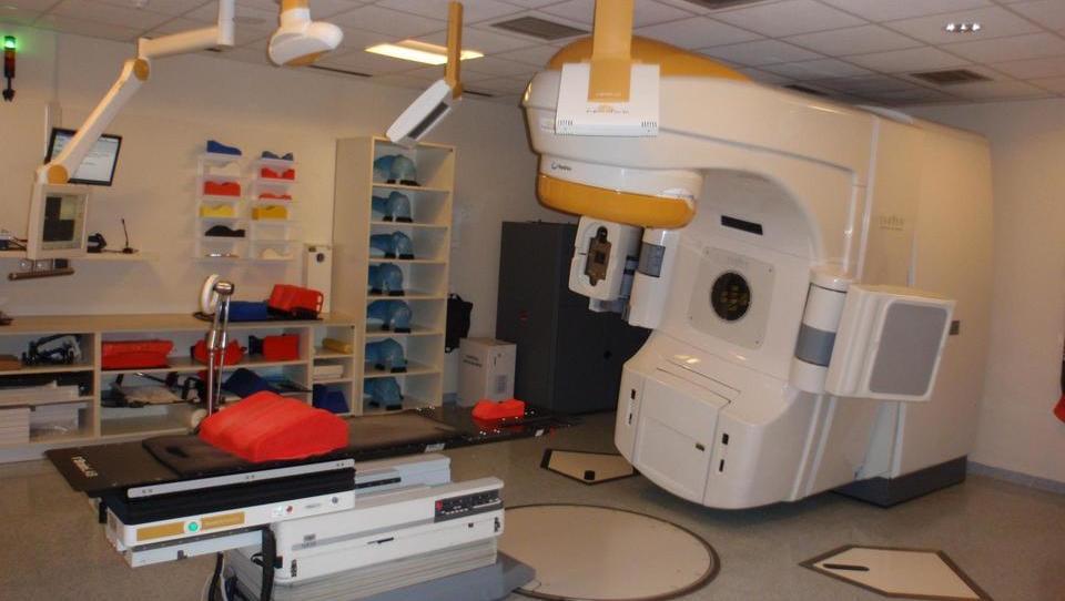 Potrditev učinkovitosti alektiniba pri bolnikih z možganskimi metastazami