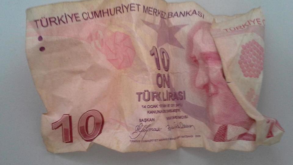 Naporen teden za Turčijo. Bi ta država po najslabšem scenariju lahko bankrotirala?