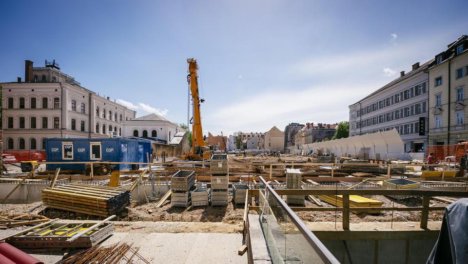 Gradbeniki izglasovali začetek postopkov za odcepitevod Inženirske zbornice Slovenije
