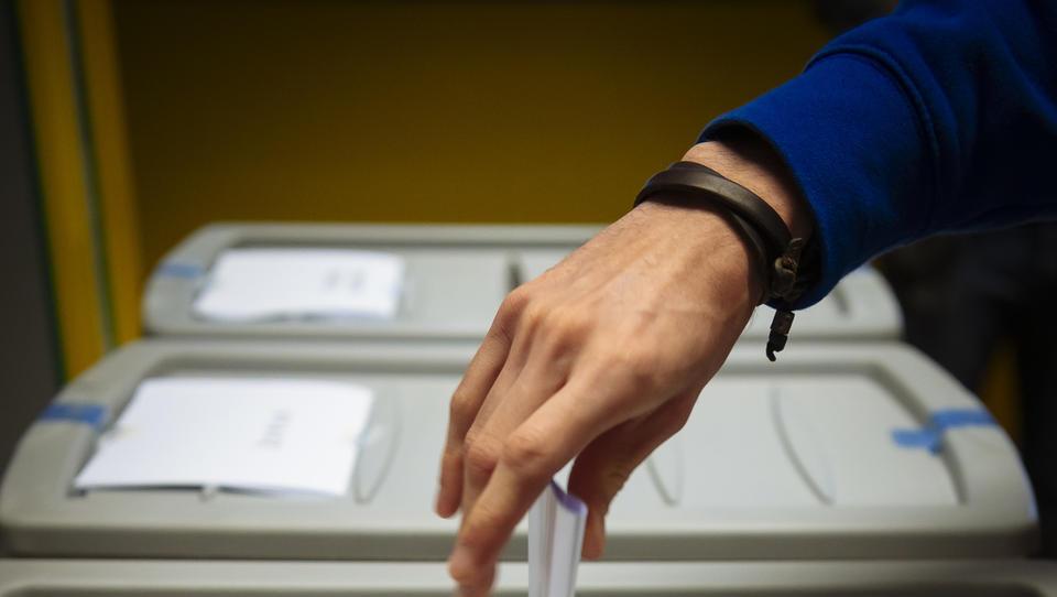 Predčasno lahko glasujete v drugem krogu županskih volitev. Razen, če ne