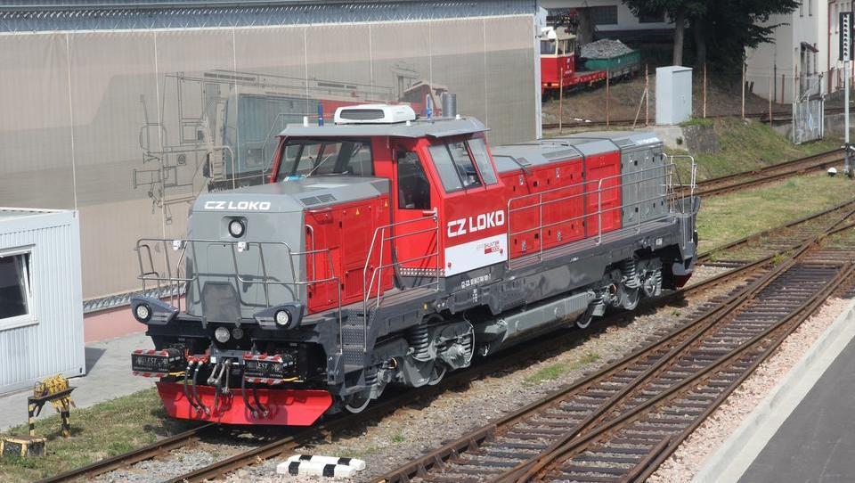 Na SŽ so kupili štiri lokomotive za tovorne vlake