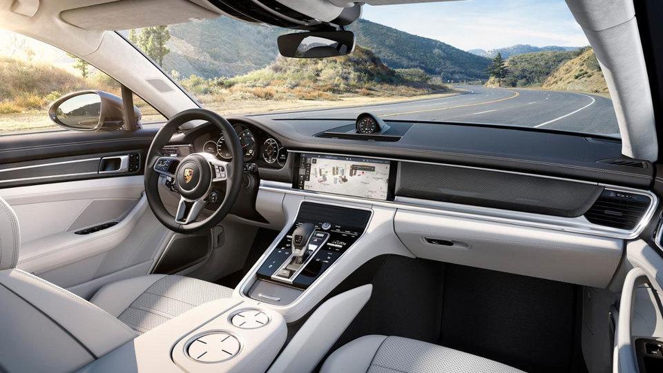Porsche: skoraj dve milijardi evrov dobička in nova delovna mesta