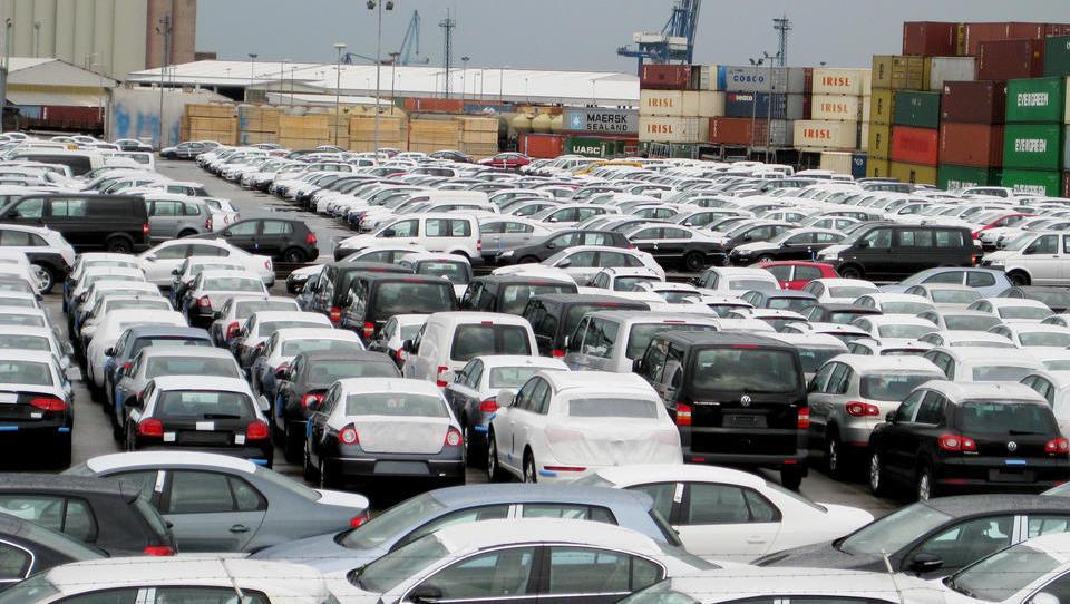 V Sloveniji do avgusta večji padec prodaje avtomobilov kot v EU