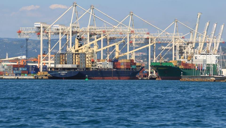 V Luki Koper so pripravljeni na ladje z večjim ugrezom