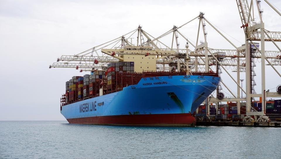 Menjava v koprskem pristanišču: v nedeljo bo pomorsko pilotažo prevzel državni Kopp