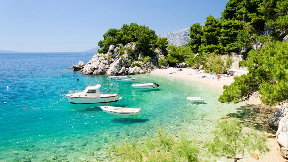 5 razlogov, zaradi katerih boste letošnje poletje znova preživeli na hrvaški obali