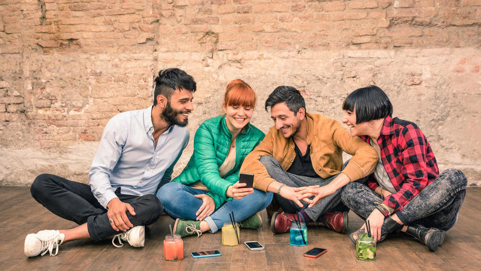 8 dejstev o mladih v Sloveniji