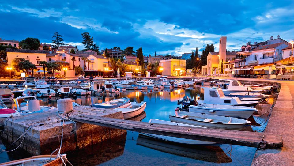 Dražbe od Istre do Dalmacije: 30 apartmajev in hiš, ki jih lahko kupite na hrvaški obali