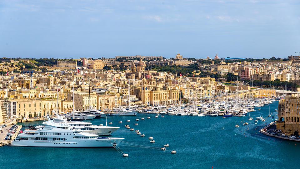 Je Malta raj za posel ali za davčne skrivalnice in pranje denarja?