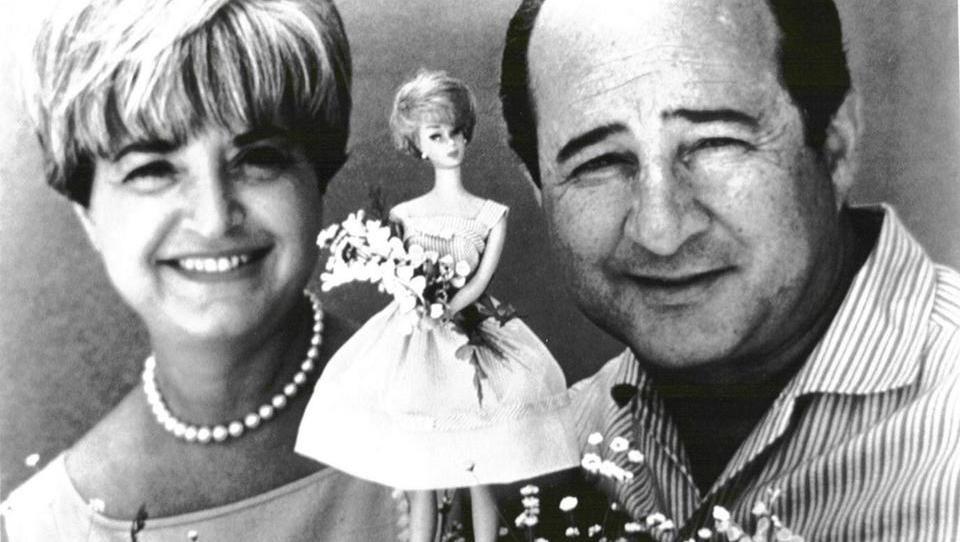 Barbie je stara 60  in dela kariero
