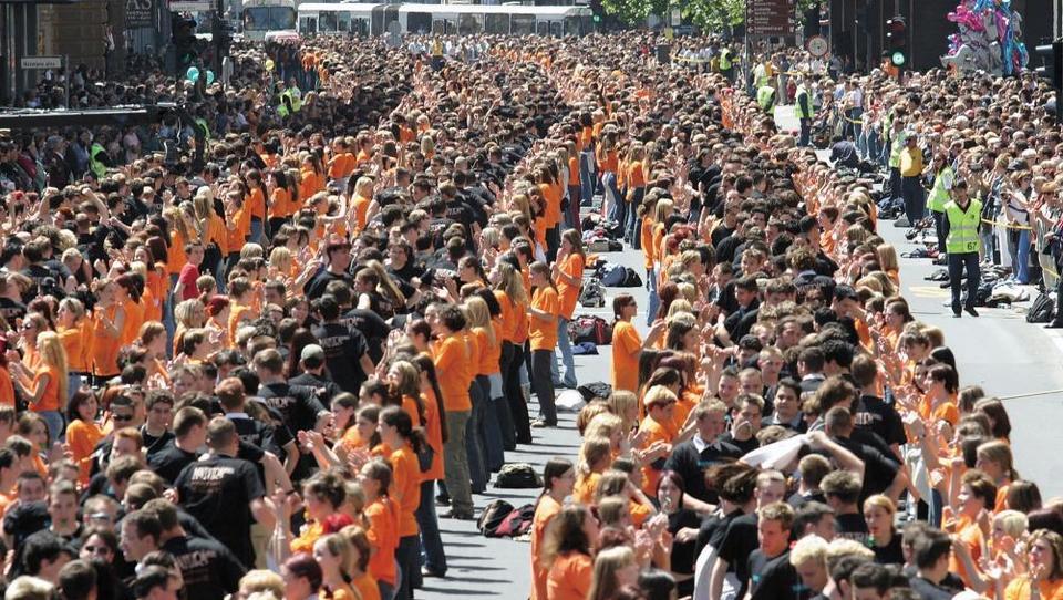 Maturantska parada v roke nekdanjega podjetja nesojenega šefa UKCL Andreja Baričiča