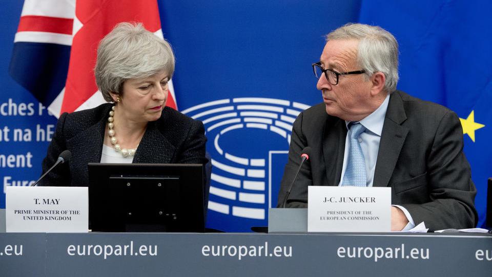 V VB odmeva pravno mnenje, ki ga vidijo kot dokaz proti sporazumu o brexitu