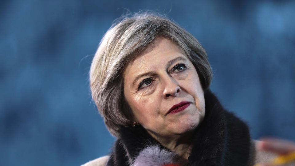 Theresa May uspešno prestala glasovanje o nezaupnici v lastni stranki
