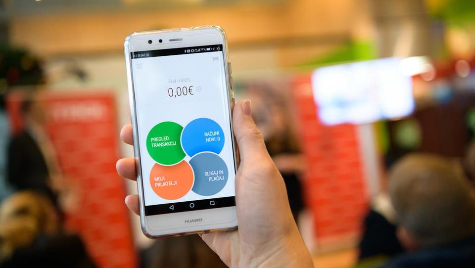 5 aplikacij, ki vam pomagajo bolje ravnati z denarjem
