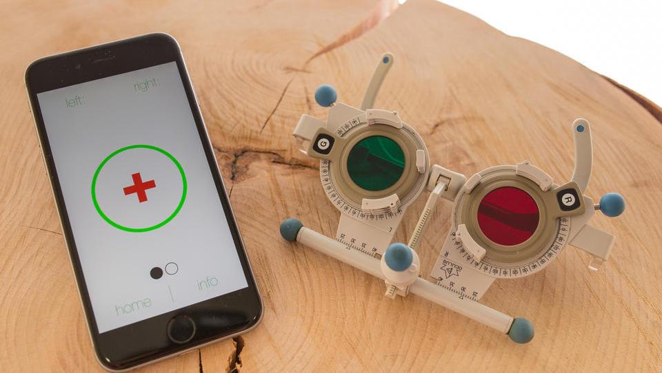 Kolektor vložil v aplikacijo, ki omogoča pregled vida prek telefona