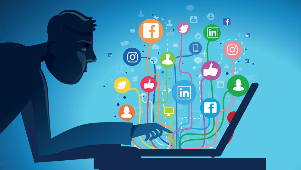Direktorji, tako lahko s svojim digitalnim profilom koristite podjetju