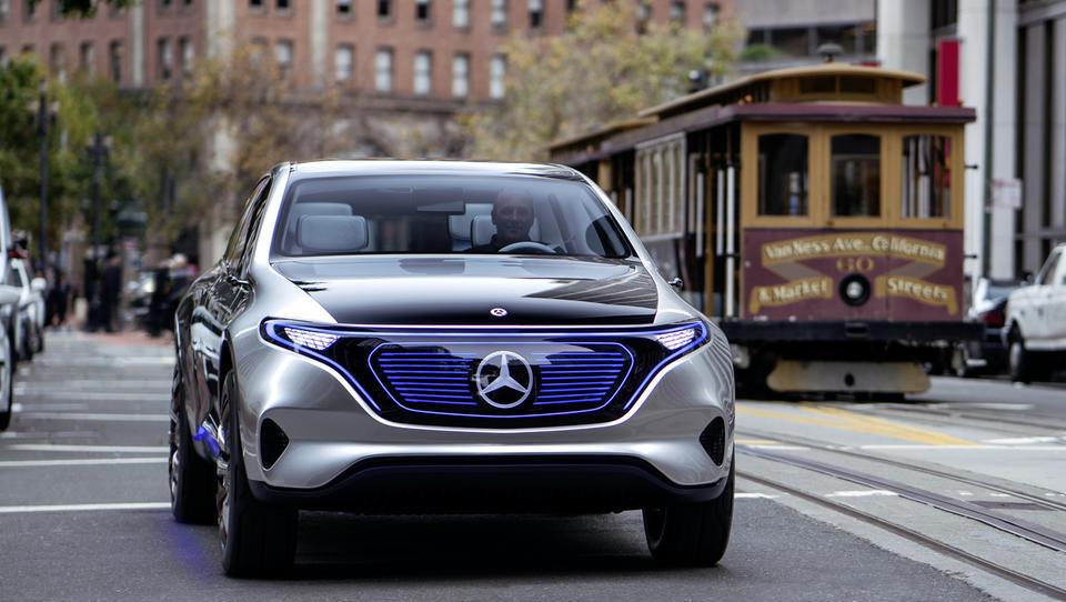 Daimler v začetku leta ostaja največji proizvajalec luksuznih avtomobilov