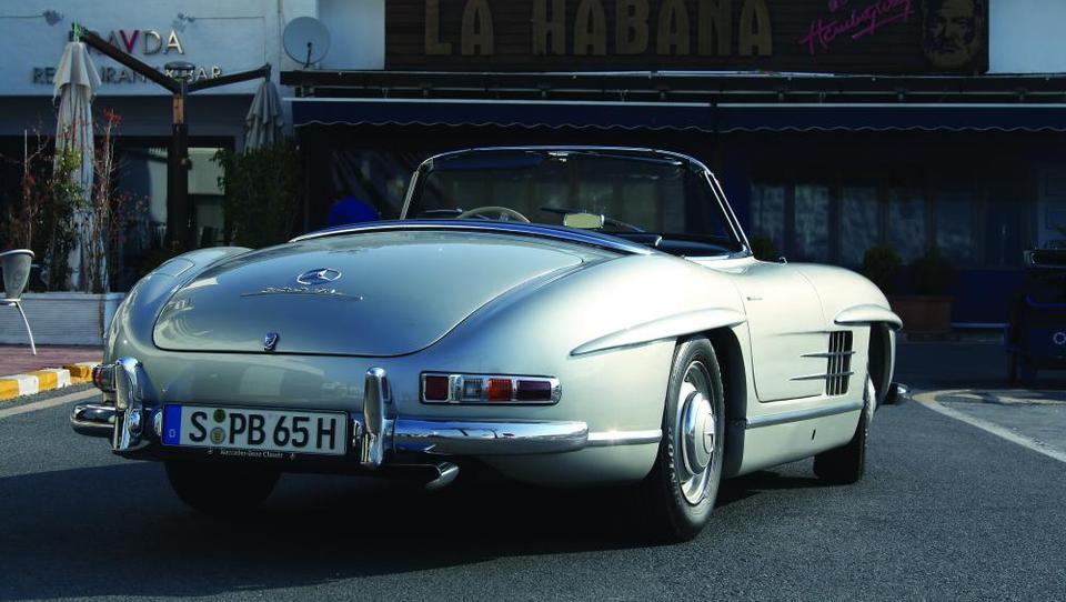 Za volanom legende vredne milijon evrov