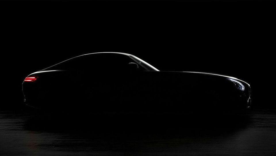 (video) Mercedes bo jesen začinil z AMG GT