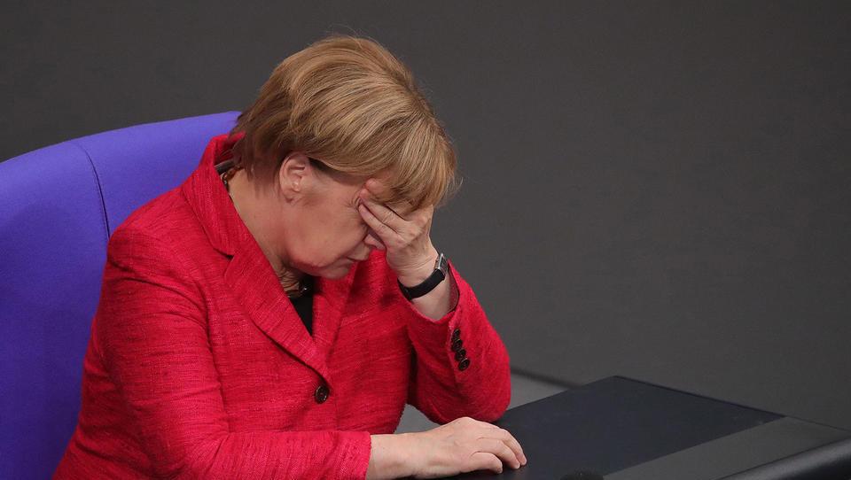 Po mnenju Nemcev so najboljši časi za Merklovo že minili