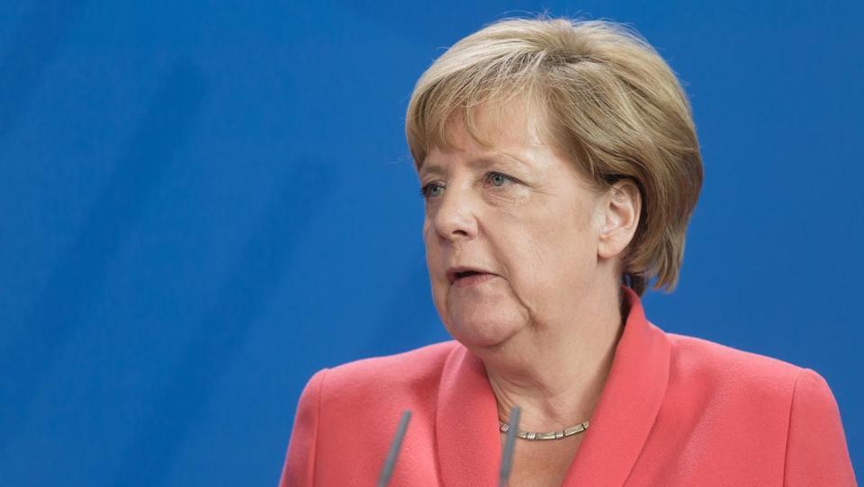 Kako bi Angela znižala davke in kaj to pomeni Slovencem