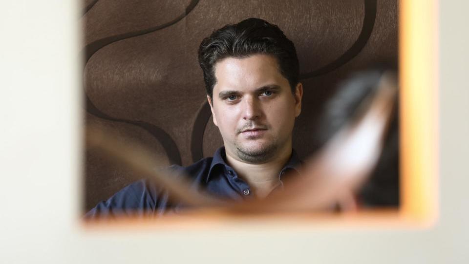 Najbogatejši slovenski mladenič s 120 milijoni evrov plus nekaj drobiža