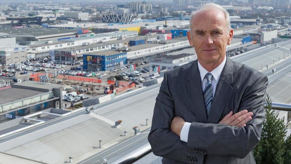 Kako Jože Mermal skladišča spreminja v testni center za samovozeče avte