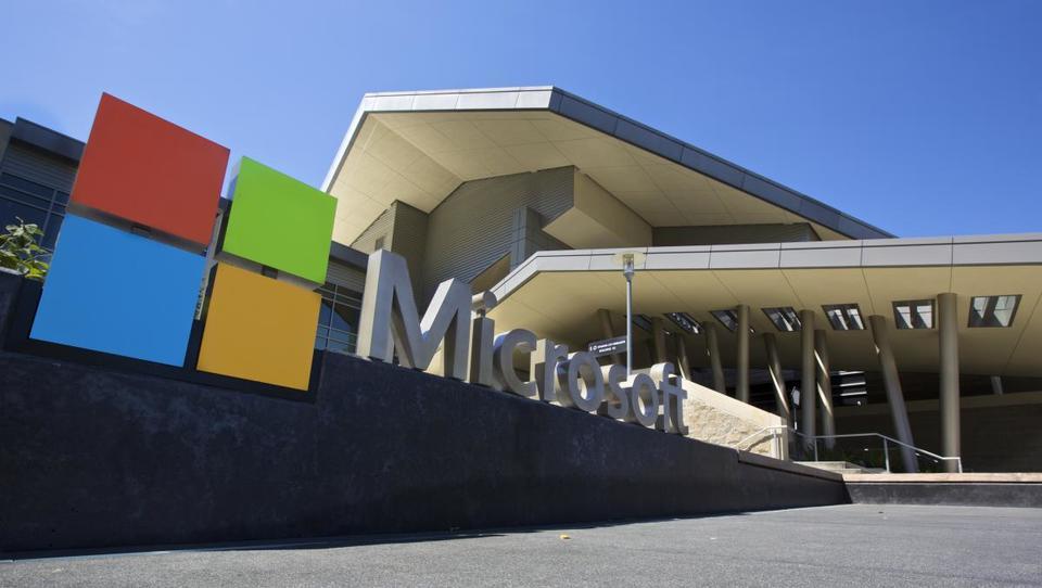 Microsoft največ vredno podjetje na svetu, Apple drugi