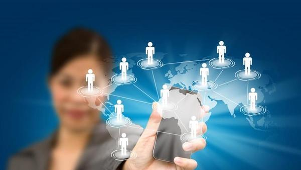 Pri iskanju službe še vedno najučinkovitejši LinkedIn
