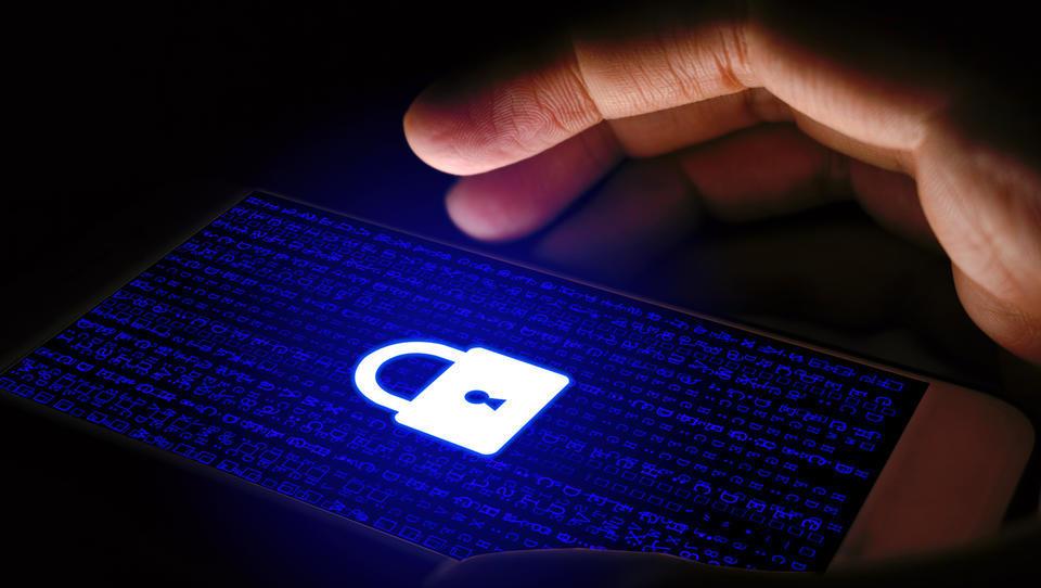 Kako bo pod novimi pravili z varstvom osebnih podatkov, če storitve pogodbeno ponujate v tujini