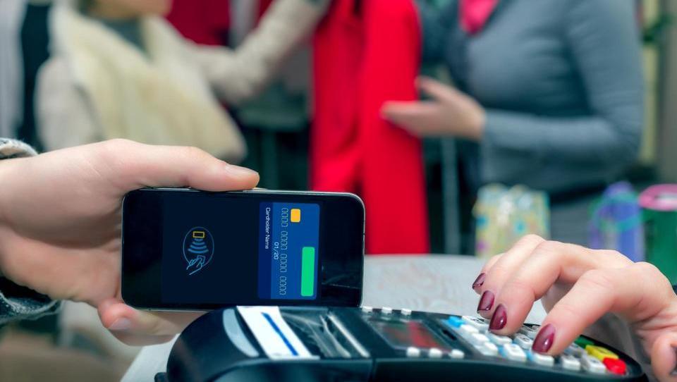 Kako se gredo digitalizacijo banke v Sloveniji