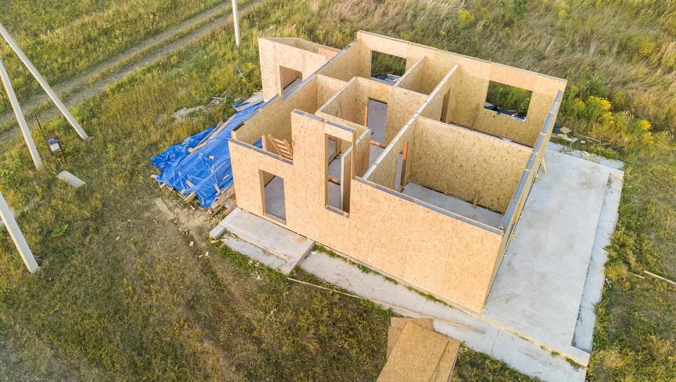 Kako so se koronakrizi prilagodili proizvajalci montažnih hiš