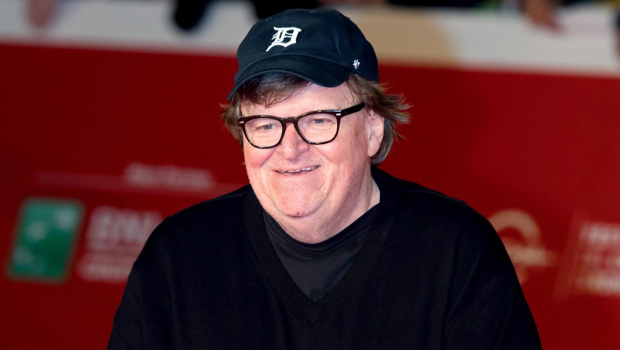 Provokativni režiser Michael Moore znova v napadu