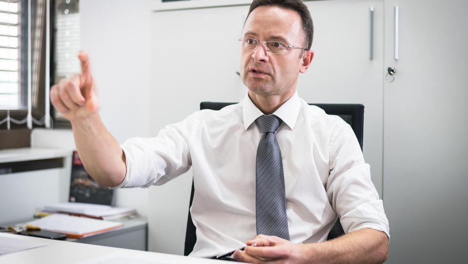 (intervju s šefom Nissana): Za uspeh sta nujna specializacija in vnovično zategovanje pasu