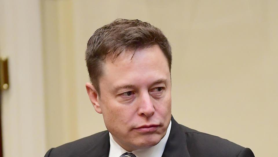 Musk objavil slike novega modela 3