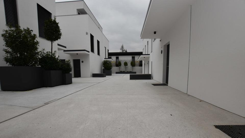 (Nepremičnina tedna) Moderna prostorna hiša v Trnovem