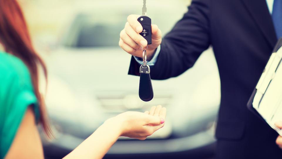Tri poti do novega avtomobila (tudi brez gotovine)