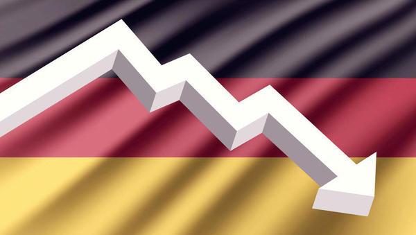 (grafi) Nemški BDP se je lani skrčil za 5,3 odstotka - pred večjim upadom ga je obvarovala vlada z javnimi izdatki