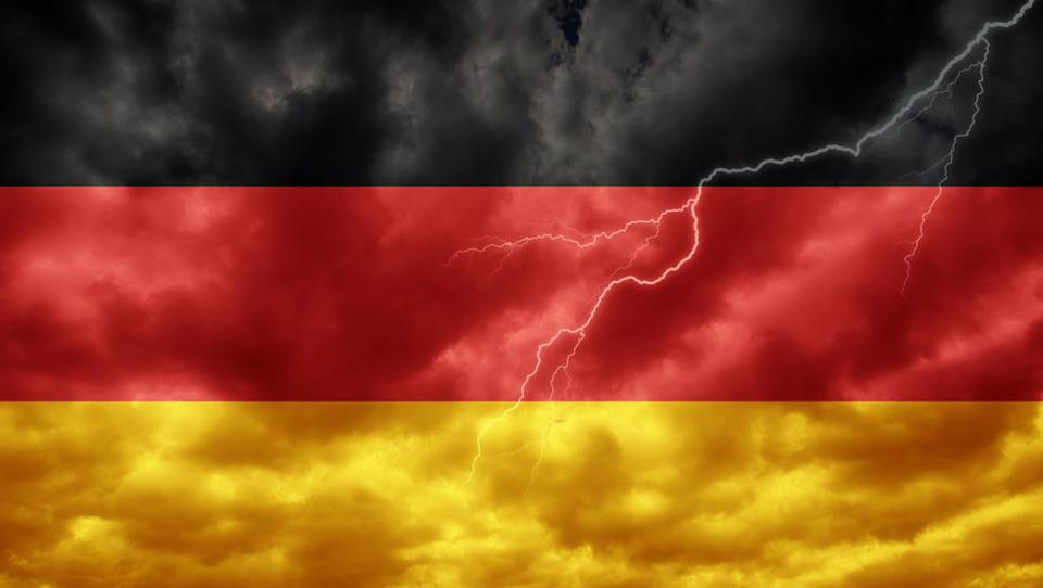 Nemčija je za las ušla recesiji. Kdo je poskrbel za to in kako naprej