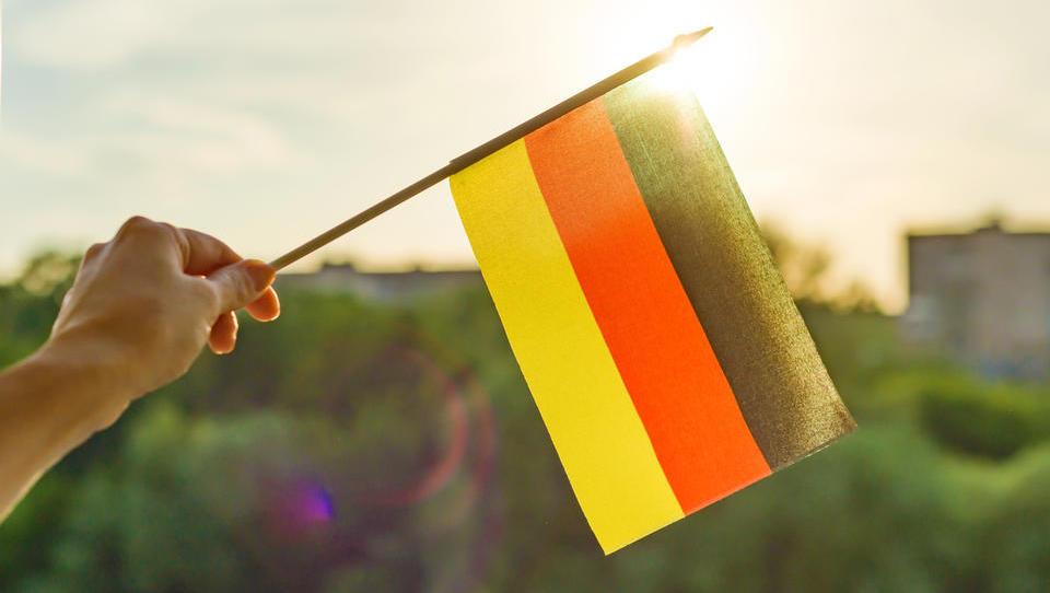 Indeks IFO: razpoloženje nemških direktorjev se je julija poslabšalo na najnižjo raven po novembru 2014