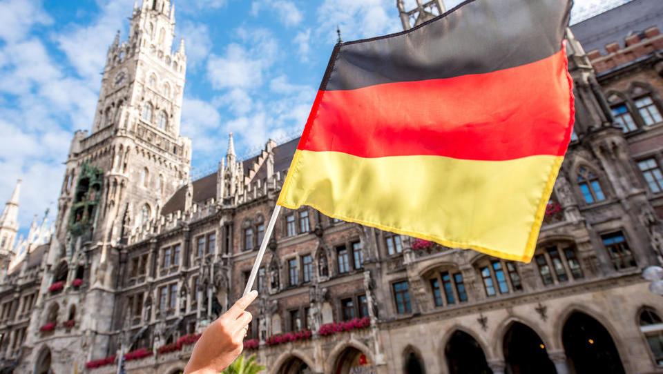 Naložbeno zaupanje v Nemčiji se je avgusta sesedlo ... pesimistov precej več kot optimistov