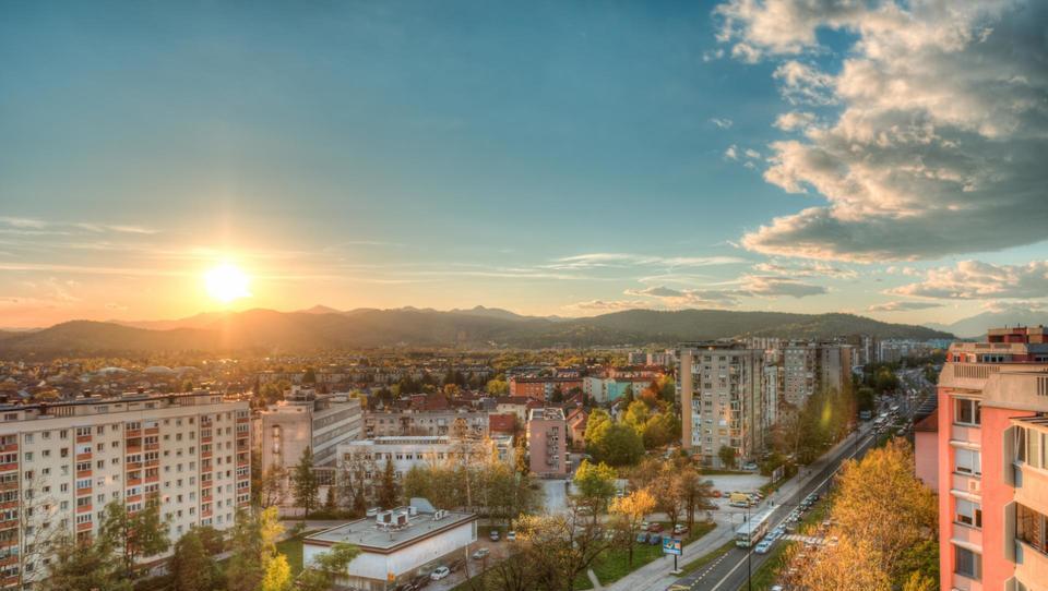 Nepremičninski trg pod lupo: Koliko smo plačevali za stanovanja