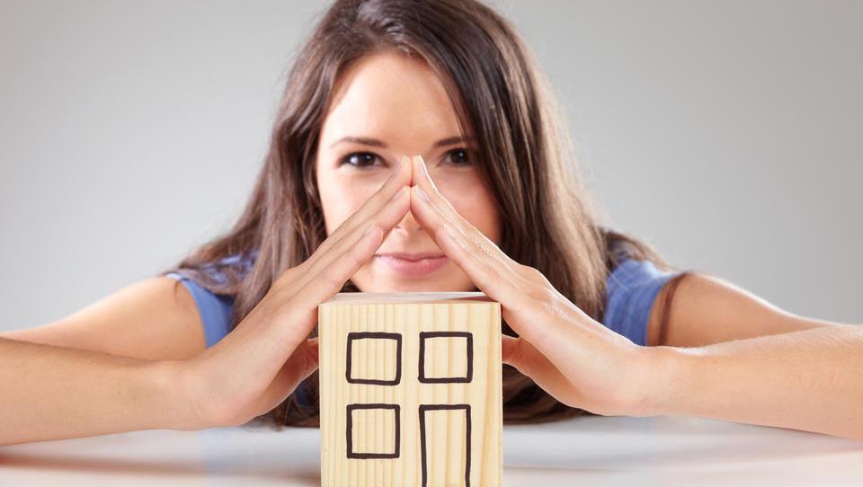 Koliko Slovencev bi kupilo ali obnovilo svoje stanovanje