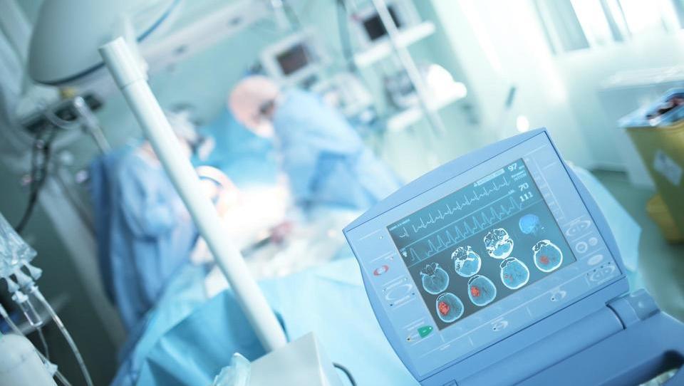 Mlajši bolniki s ponavljajočimi se znotrajlobanjskimi krvavitvami