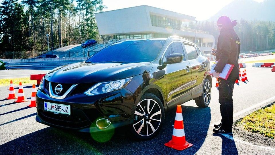 (foto) Nissan qashqai na podjetniškem izzivu
