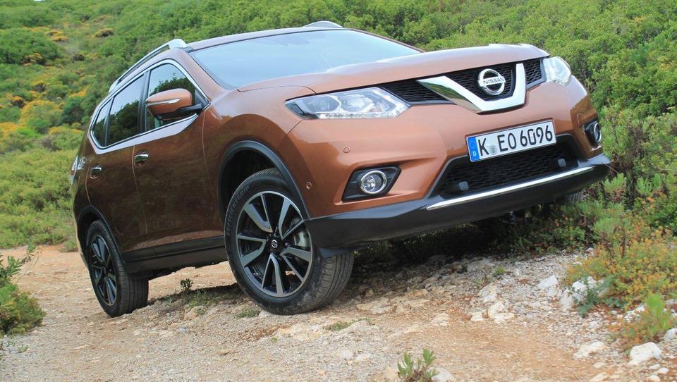 Nissanov pustolovec bo osvajal tudi Slovenke