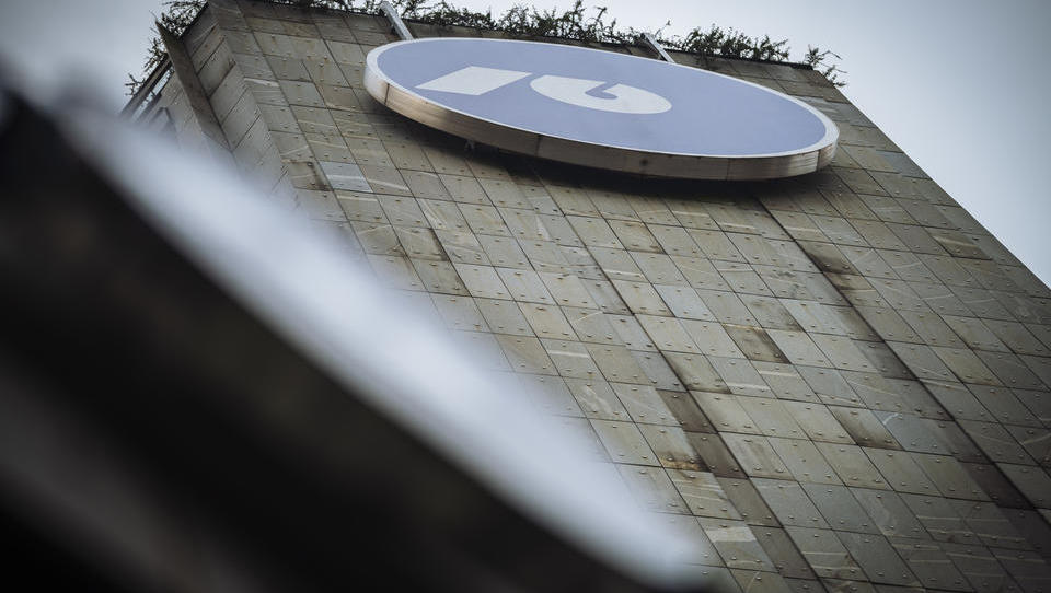 Bloomberg poroča, da je prag knjige naročil za NLB dosežen