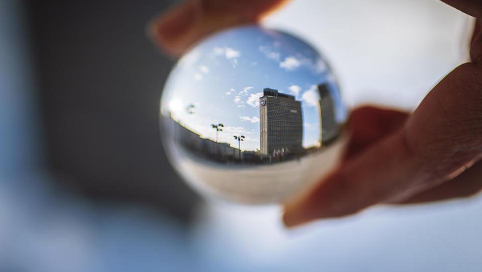 Za sodelovanje v IPO NLB morate imeti/odpreti trgovalni račun na NLB. Kakšni so stroški?
